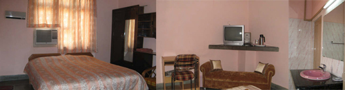 A sample room at the Delhi Parsi Dharamshala